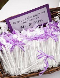 düğünde çocuklar için köpük baloncuğu hediye edin